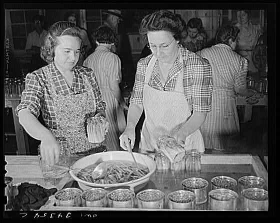 WPA canning asparagus 1943