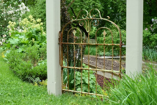Outdoor garden rooms on pinterest garden gates arbors for Outdoor garden doors