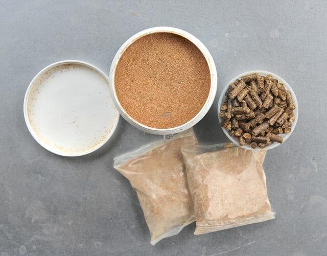 Barley and other natural biological pond additives