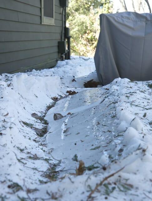 slab of roof ice