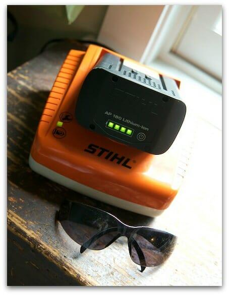 stihl litium ion mower charger 2